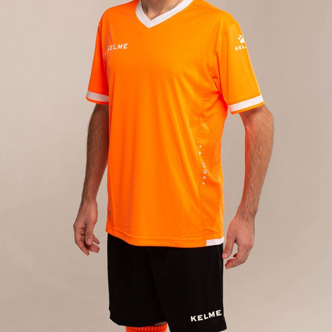 Комплект футбольной формы ALAVES K15Z212.9910