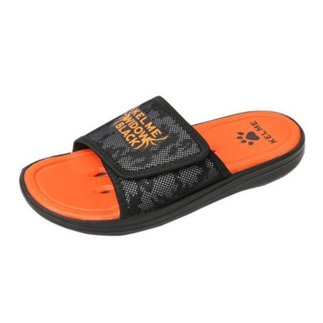 Тапки мужские черно-оранжевые SLIPPERS 6881300.9003